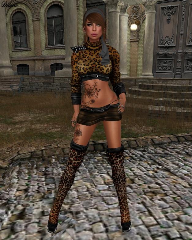Xplosion - Tingly Mini Skirt brown and Jumper Regina Leo
