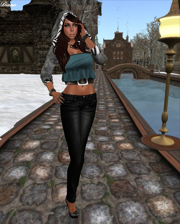 AUX-Vintage Tube Top and fd-Hand Drawn Skinny Jeans-1
