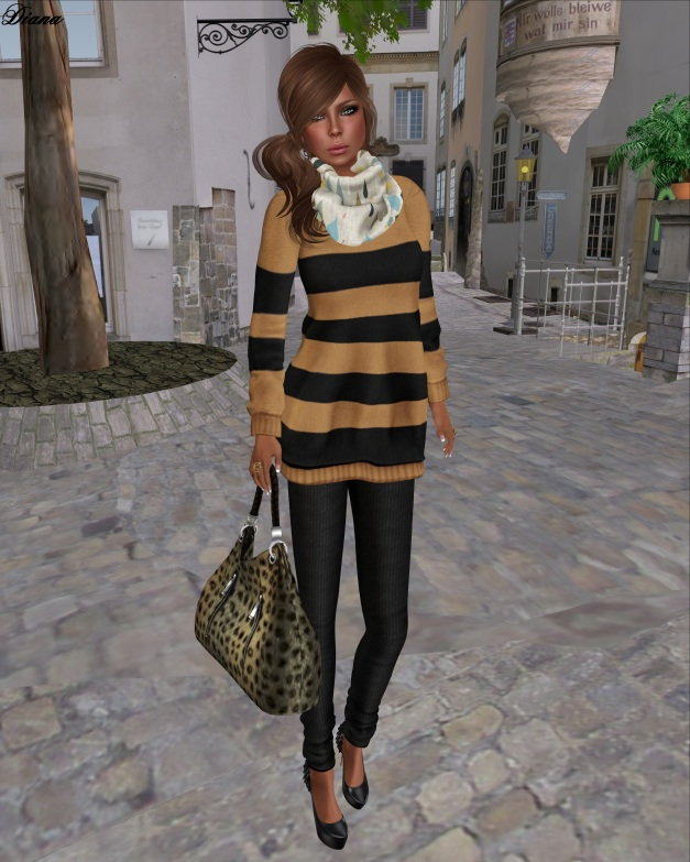 Teefy - Olga Sweatshirt Dress Border Desert,Soft Wool Jersey Leggings Black and CollarSnood Rain and Tears-1