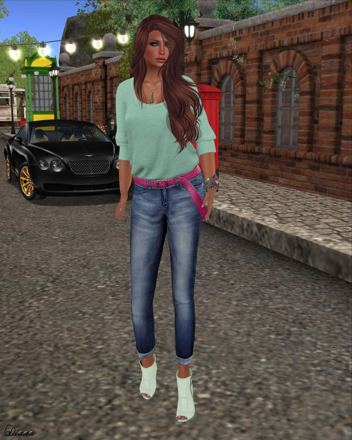 Maitreya - Half Tucked Shirt Hemlock and Slim BF Jeans & Belt Dark