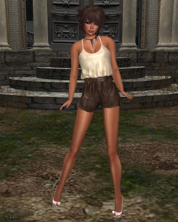Ricielli - Basic Tank and Highwaisted Leather Shorts