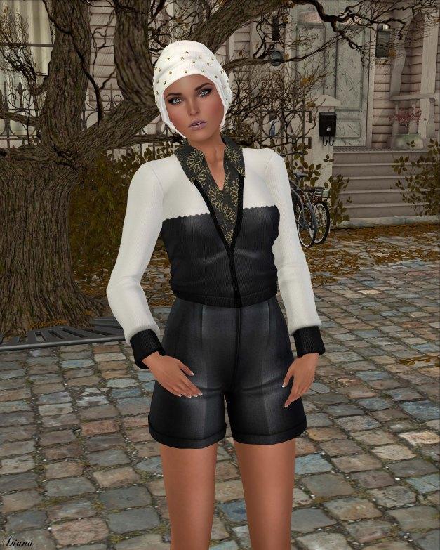Baiastice - Lona Combo-SweaterShirt BW and Linn HW Shorts Black