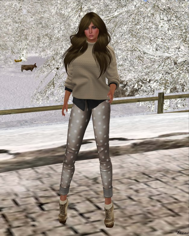 Neve - top easy neutral and pant rolled dots