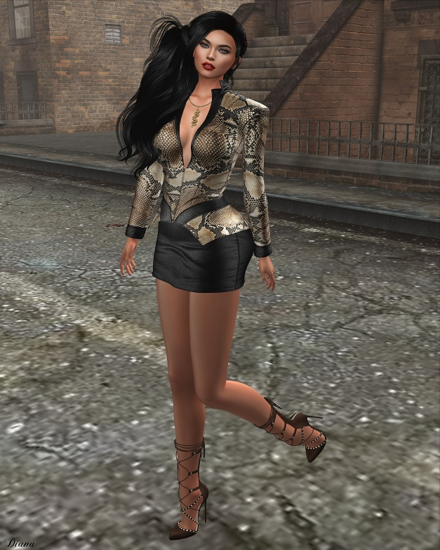 GizzA - Adrianna Outfit