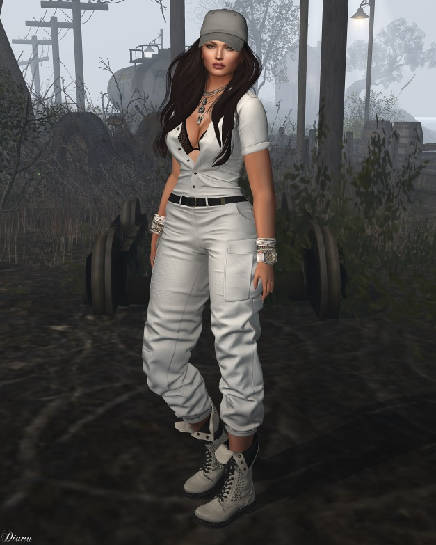 addams-stefani-military-suit-1